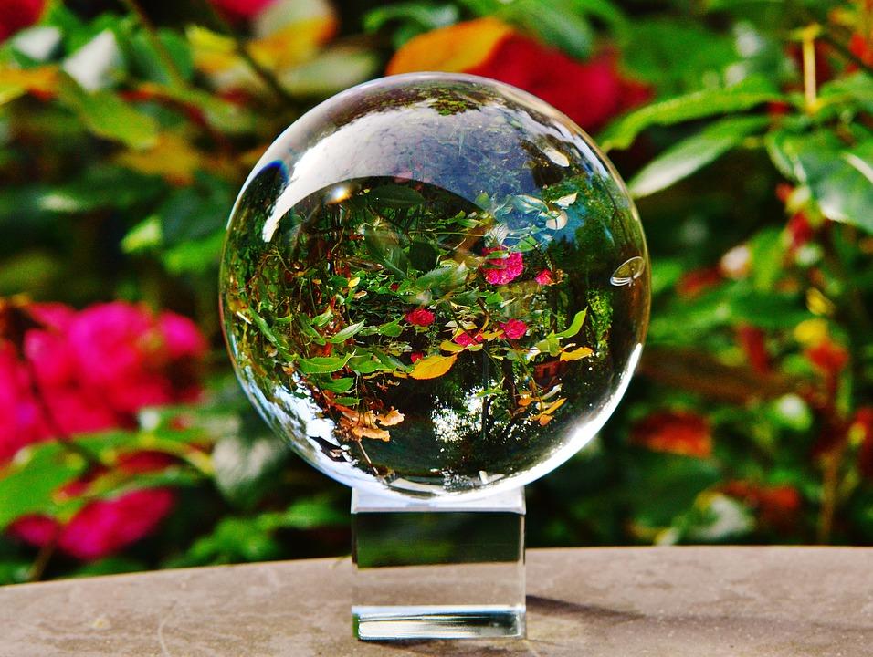 glass-ball-1485032_960_720