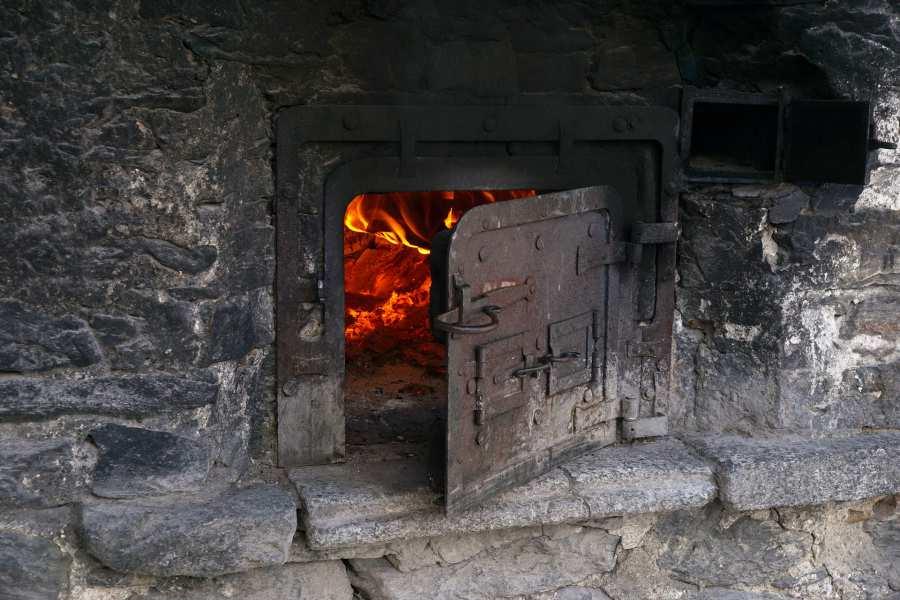 chemine-chauffage-bois-traditionnel